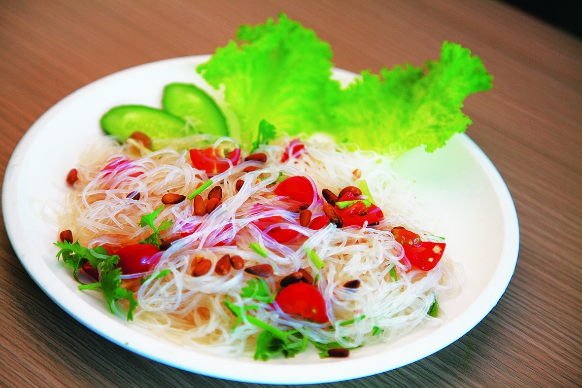Image of Vermicelli with fresh herbs